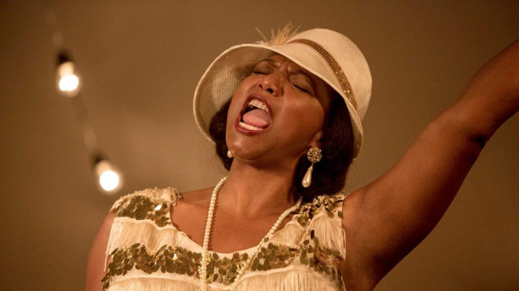 Queen Latifah i rollen som Bessie Smith i filmen Bessie från 2015.