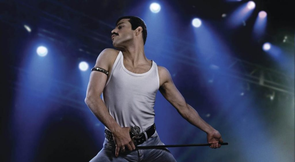 Rami Malek som Freddie Mercury i filmen Bohemian Rhapsody om rockbandet Queen.