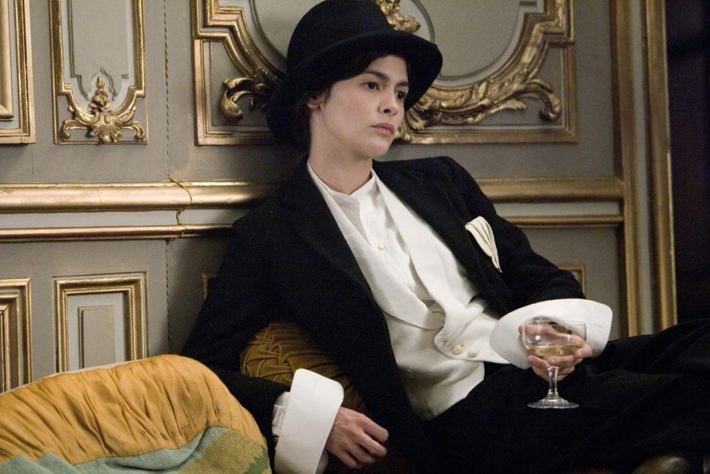 Audrey Tautou i huvudrollen som Coco Chanel i den franska filmen Coco - livet före Chanel.